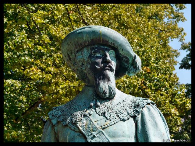 Wuppertal | 18.08.11 | Oberbarmen | Denkmal Hans Georg von Arnim