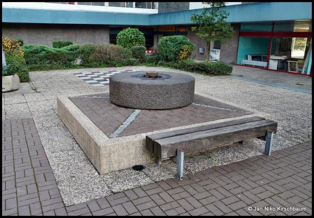 Springbrunnen Im Einkaufszentrum Am Uellendahl Denkmal Wuppertalde